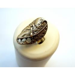 856 Žalvarinis žiedas
