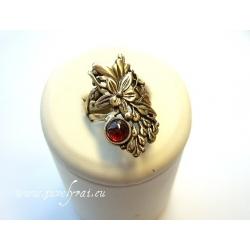 862 Žalvarinis žiedas su Granatu