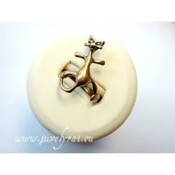 868 Žalvarinis žiedas
