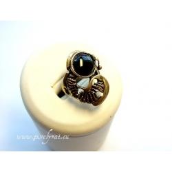 875 Žalvarinis žiedas su Oniksu