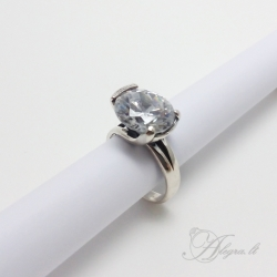 438 Silver ring with Zircon Ag 925