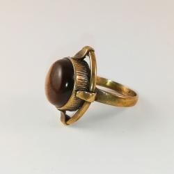 Žalvarinis žiedas su Tigro akimi