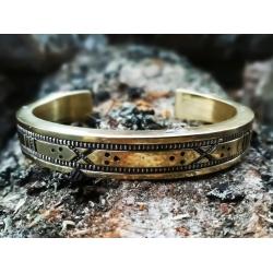 2276 Brass bracelet