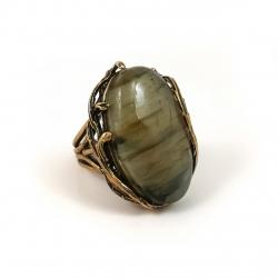 2397 Žalvarinis žiedas su Labradoritu