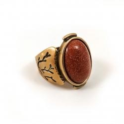 Žalvarinis žiedas su Saulės akmeniu