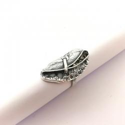 2798 Sidabrinis žiedas su Piritu Ag 925