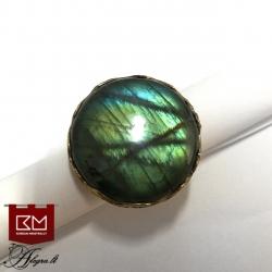 3305 Žalvarinis žiedas su Labradoritu